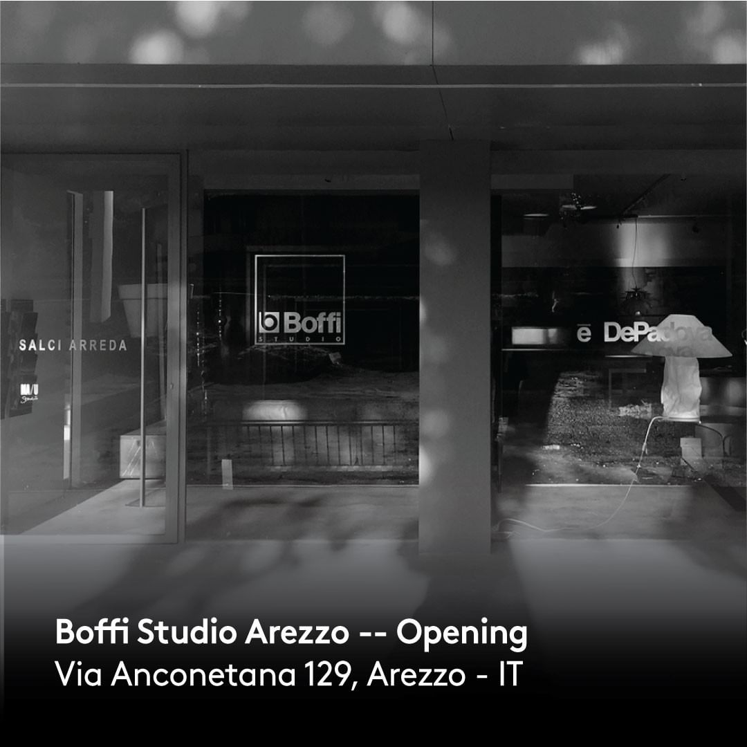 Boffi Studio Arezzo – A large space, characterised by high ceilings and large windows overlooking the trees and the surrounding hills, is the second mono-brand store chosen by the Boffi Group in Tuscany. . . . #boffigroup #boffi #boffidesign #depadova #depadovadesign #maustudio #maustudiodesign #boffistudio #arezzo #boffistudioarezzo #architecture #archstagram #contemporaryfurniture #decor #design #designinterior #designfurniture #designinspiration #dream_interiors #furniture #furnituredesign #homeinterior #instahome #interior #interiorarchitecture #interiordecor #interiordesign #minimalinterior #luxury